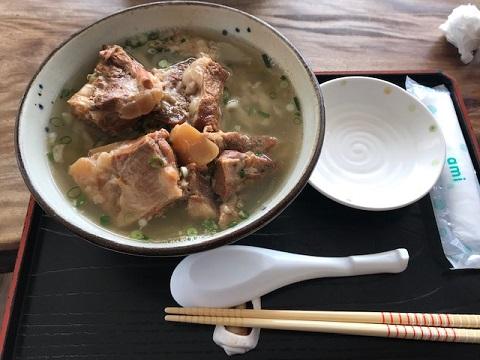 ソーキ蕎麦.jpg
